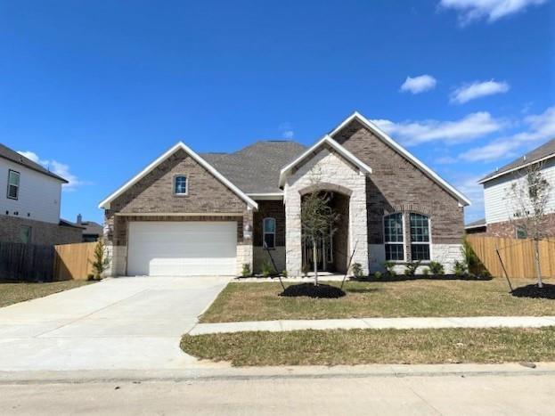 13811 Gretzky Drive Property Photo - Mont Belvieu, TX real estate listing