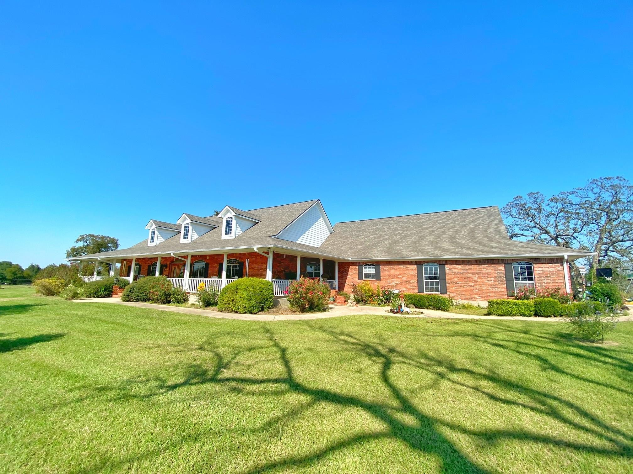81 Real Estate Listings Main Image