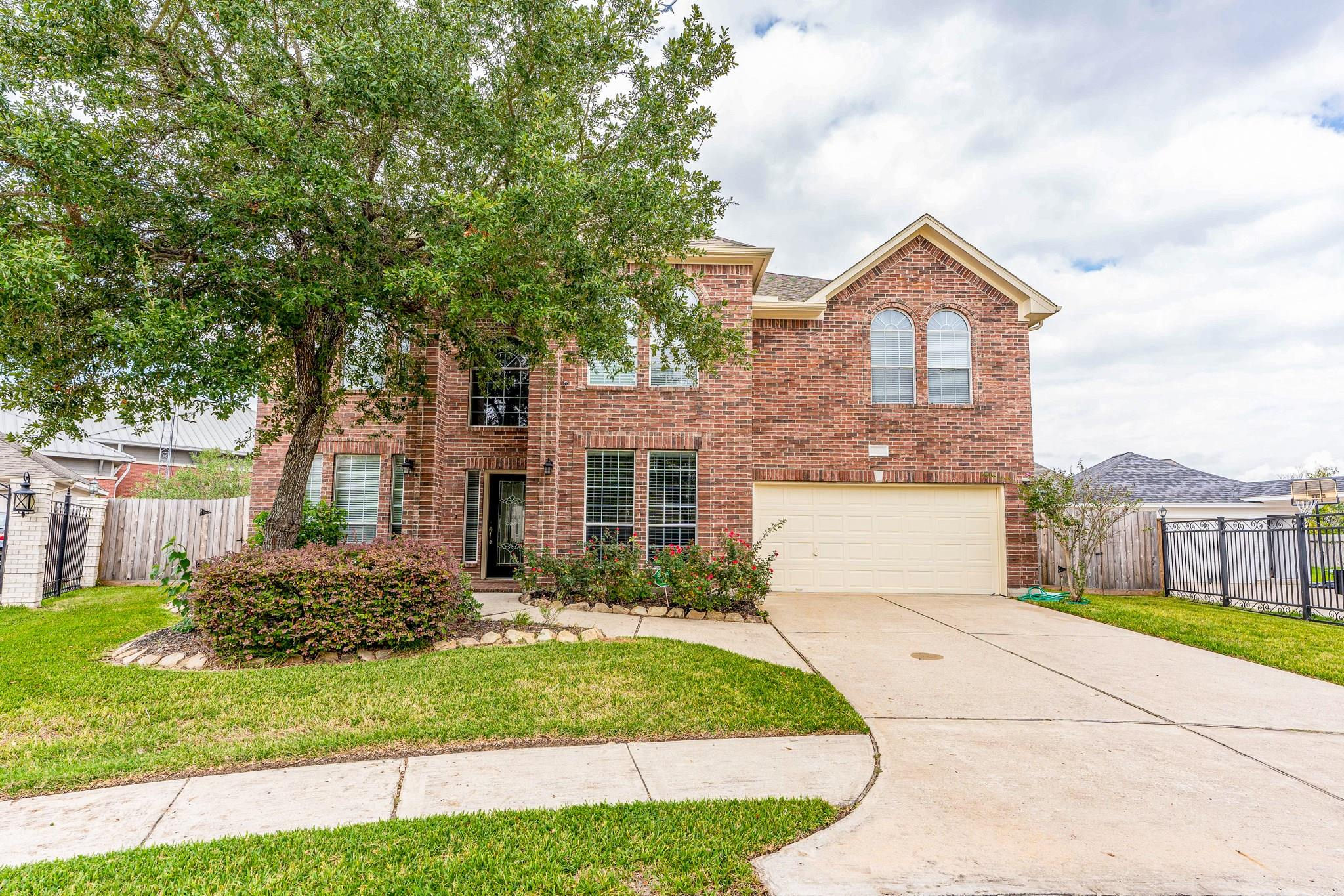 11807 Paige Place Drive Property Photo - Houston, TX real estate listing