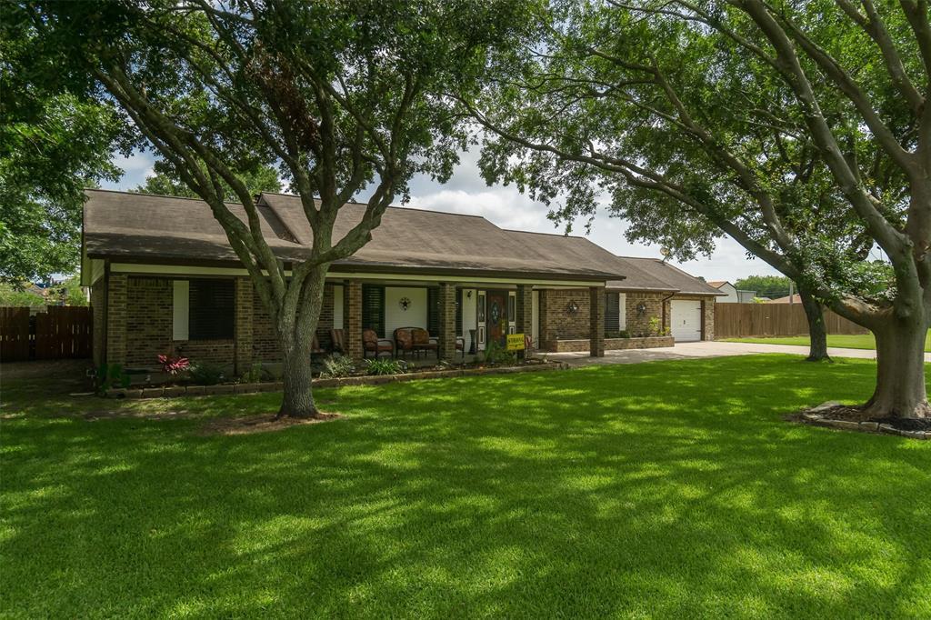 13220 Lynn Lane Property Photo - Santa Fe, TX real estate listing