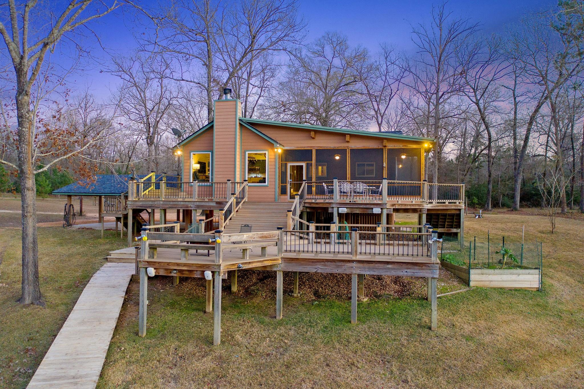 1222 Harts Creek Road Property Photo - Trinity, TX real estate listing