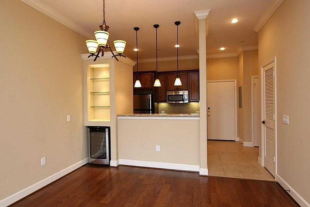2203 Dorrington Street #404 Property Photo - Houston, TX real estate listing
