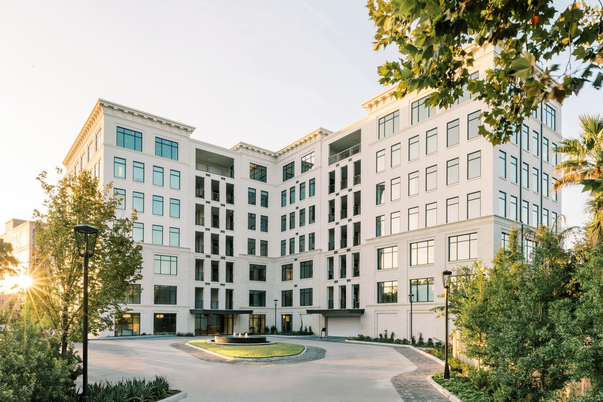 6017 Memorial #605 Property Photo