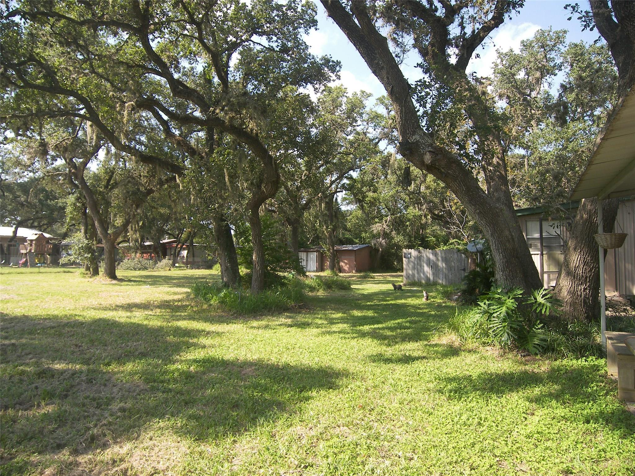 5308 West First Street Property Photo - Sheridan, TX real estate listing