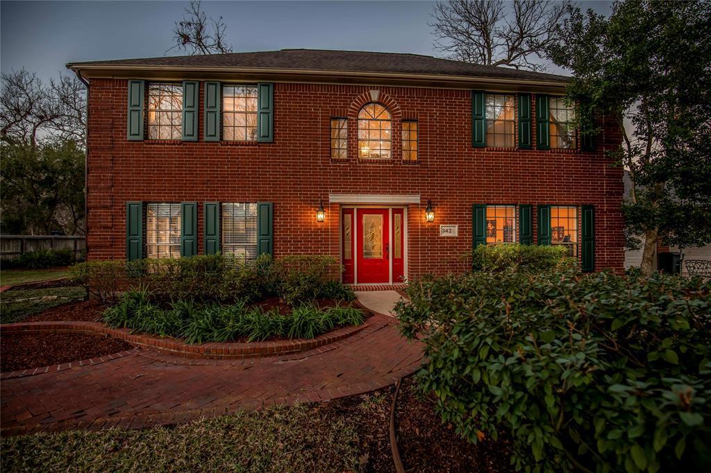 342 Timbercreek Drive, Lake Jackson, TX 77566 - Lake Jackson, TX real estate listing