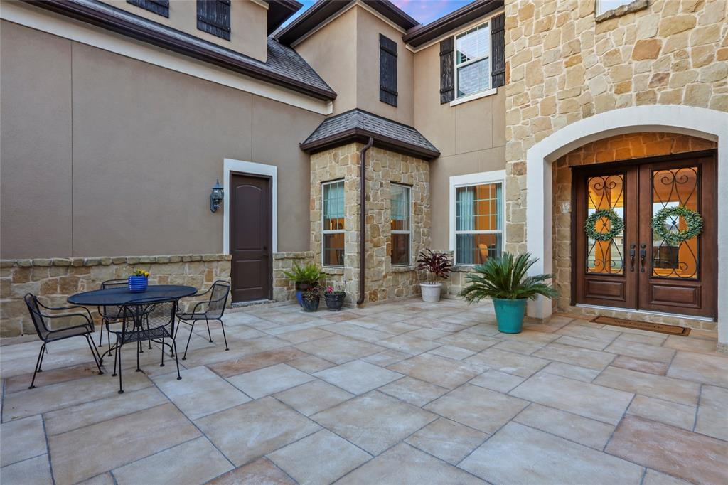 13726 Cole Point Drive Property Photo - Humble, TX real estate listing