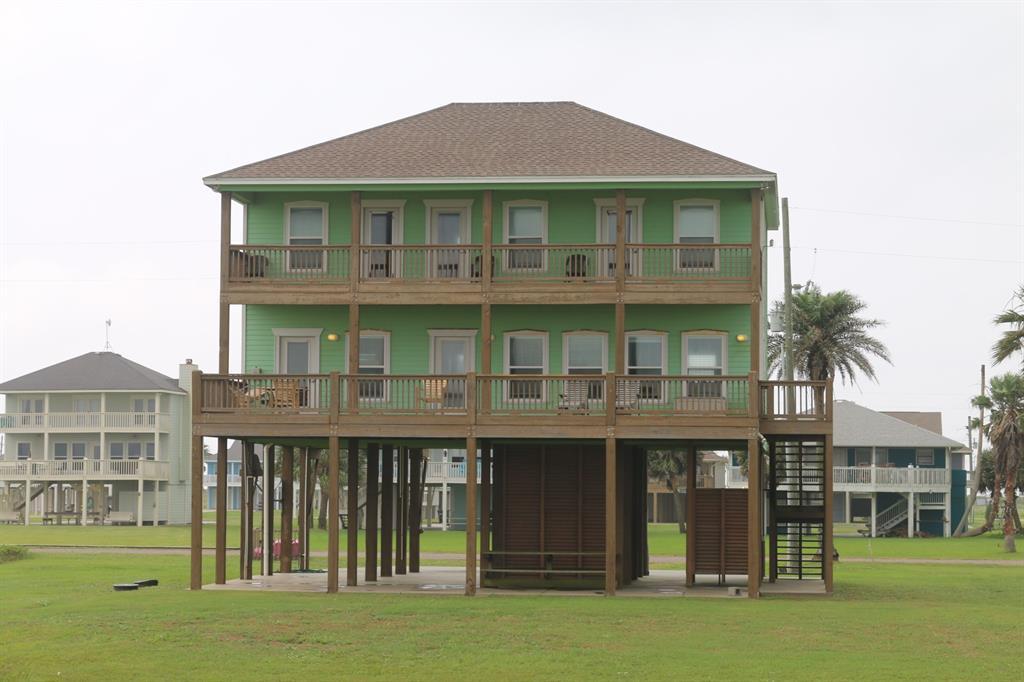 3180 Gulf Castle Drive, Crystal Beach, TX 77650 - Crystal Beach, TX real estate listing