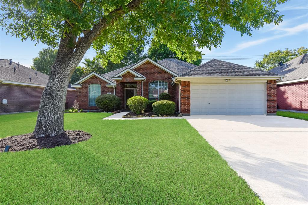 322 Cole Street Property Photo - Webster, TX real estate listing
