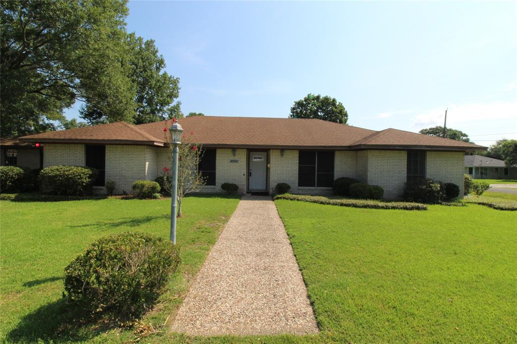 4900 Grant Avenue Property Photo - Groves, TX real estate listing