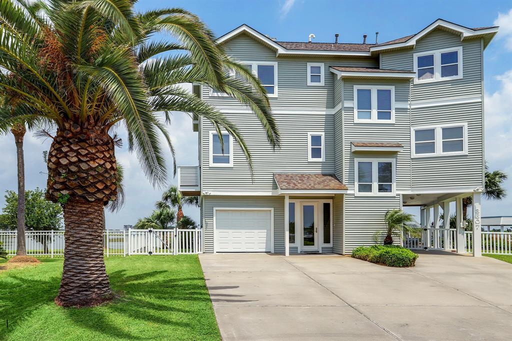 3607 Foremast Drive Property Photo - Galveston, TX real estate listing