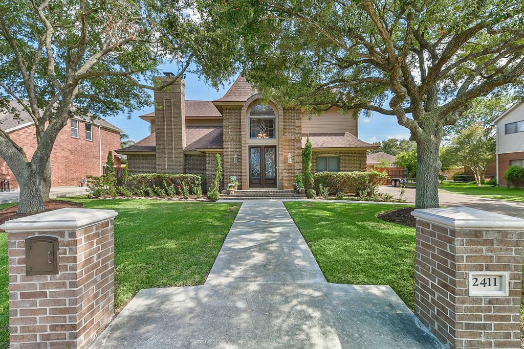 2411 Pilgrim Estates Drive Property Photo - Texas City, TX real estate listing