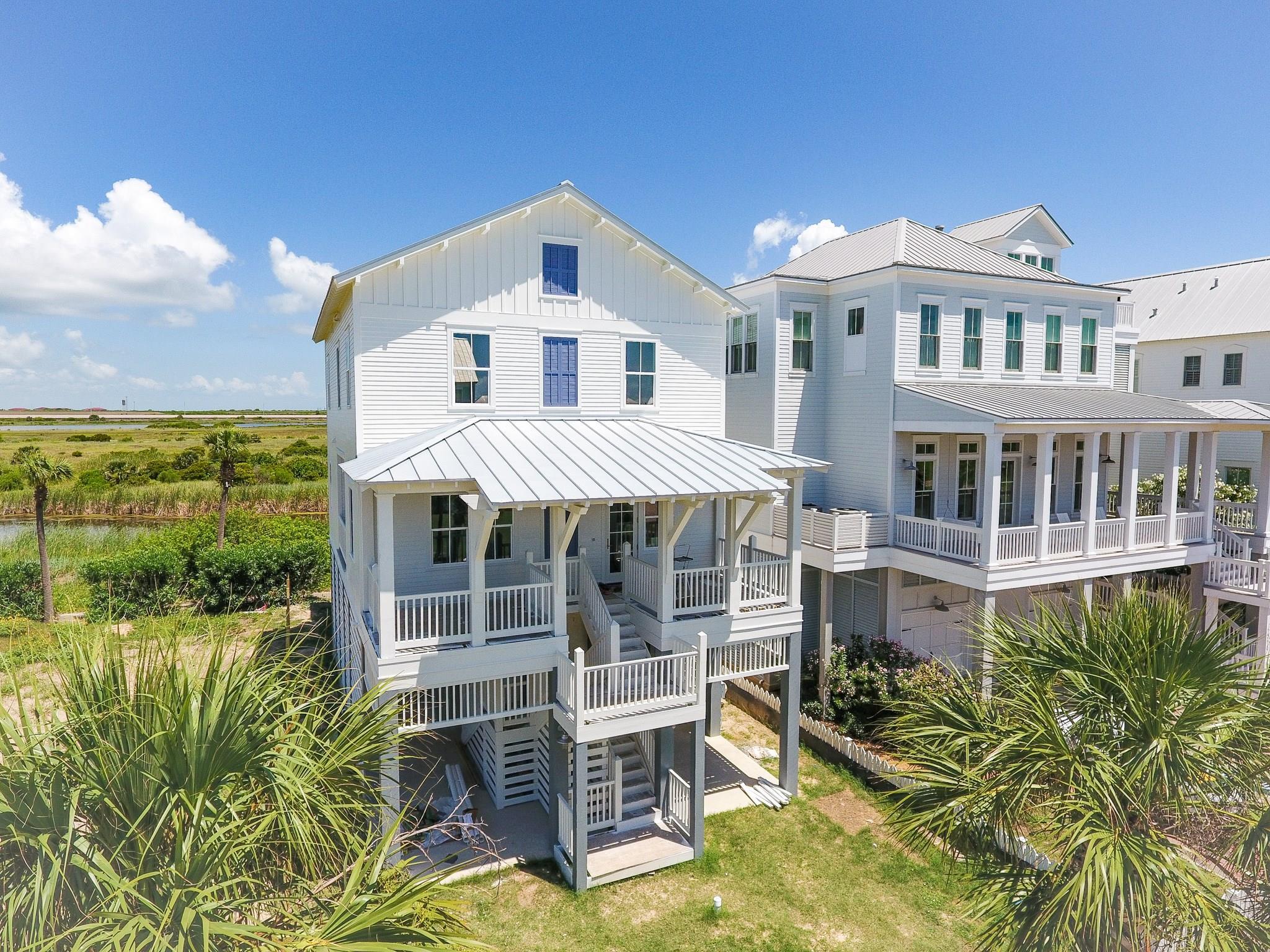 1510 Beachtown Drive Property Photo - Galveston, TX real estate listing