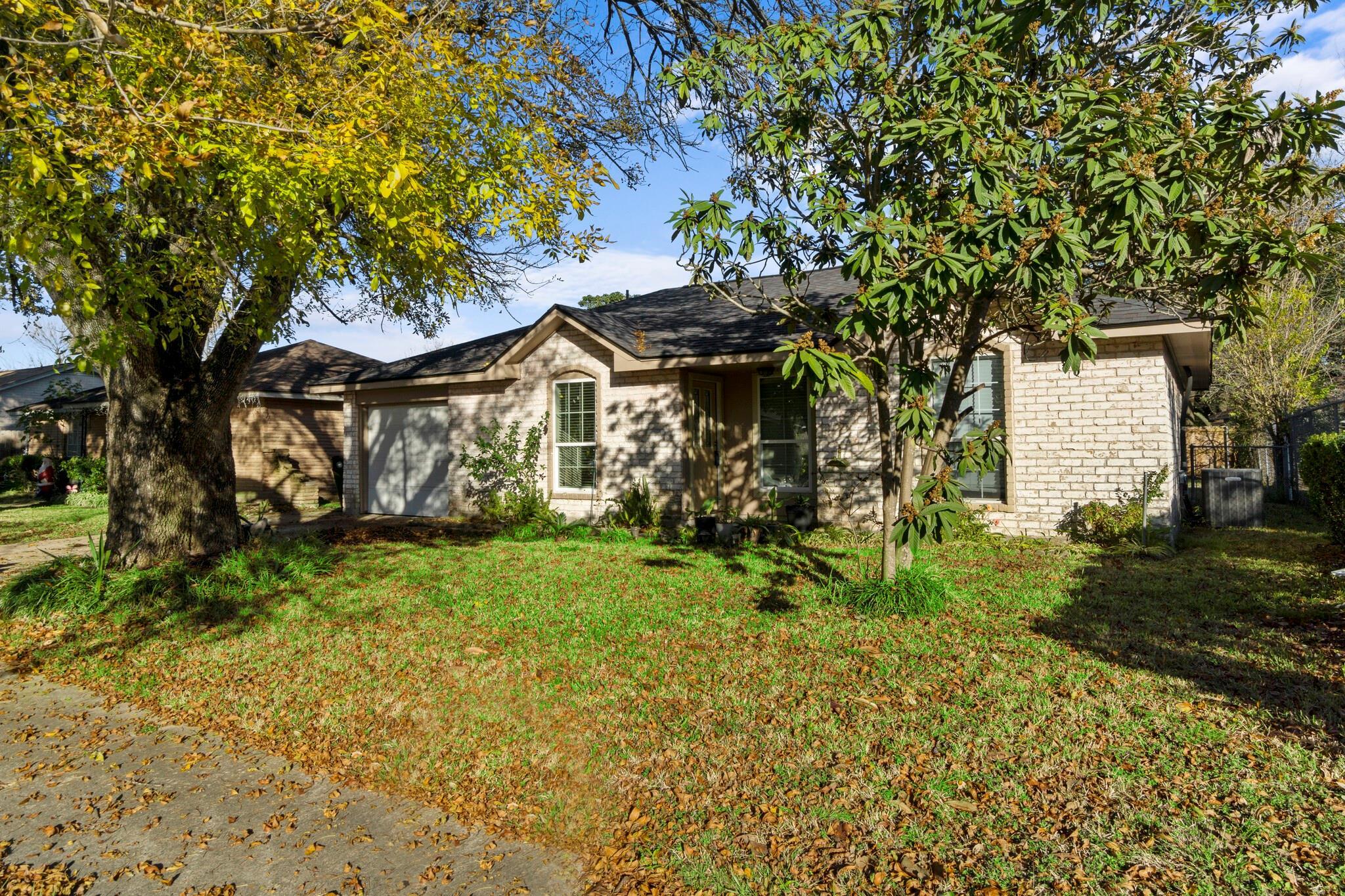 15002 Dogwood Tree Street Property Photo - Houston, TX real estate listing
