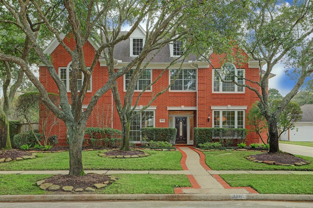 3707 Emerald Falls Drive, Houston, TX 77059 - Houston, TX real estate listing