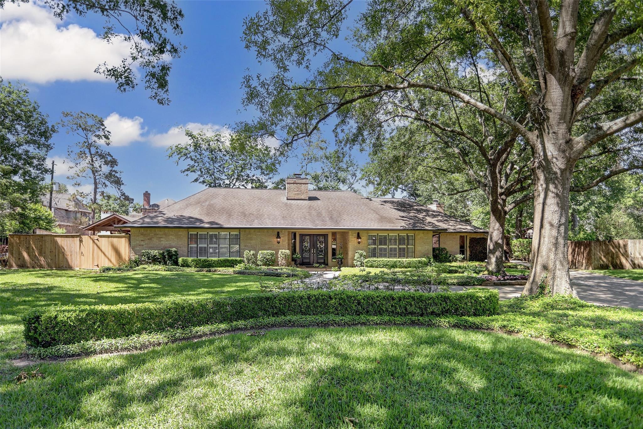 11614 Blalock Lane Property Photo - Bunker Hill Village, TX real estate listing