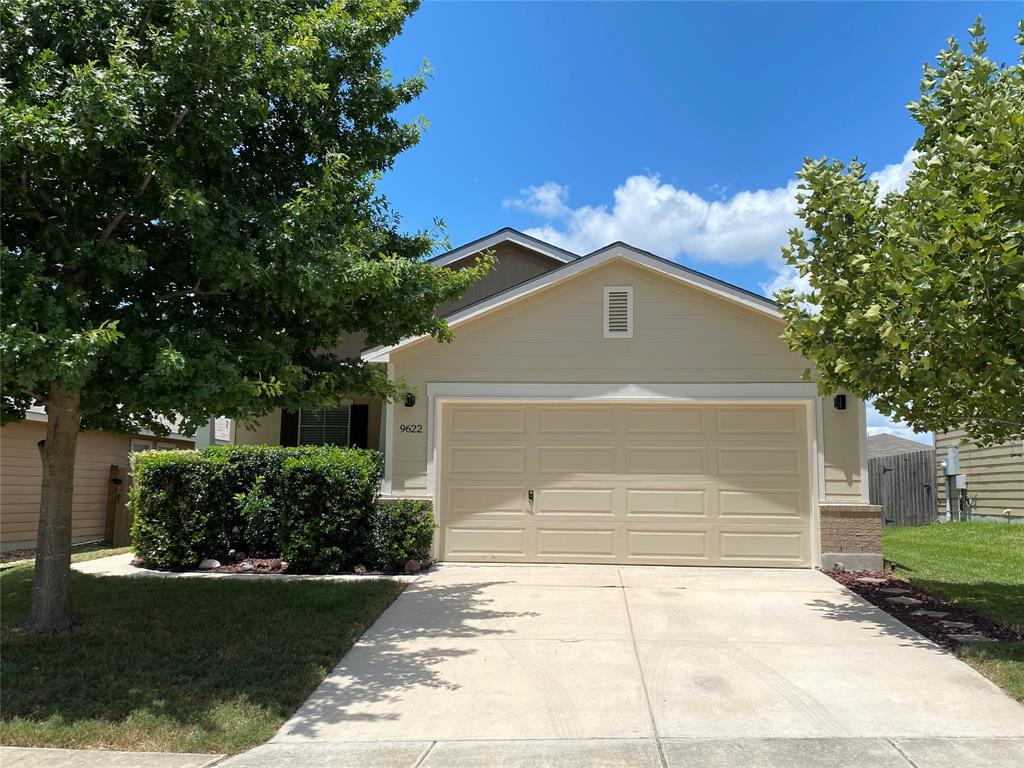 9622 Copper Rock Property Photo - Converse, TX real estate listing