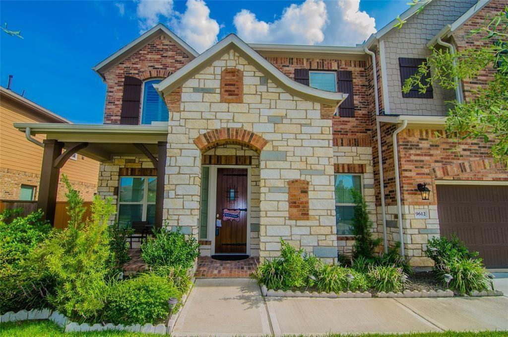 9612 Live Creek Lane, Pearland, TX 77584 - Pearland, TX real estate listing