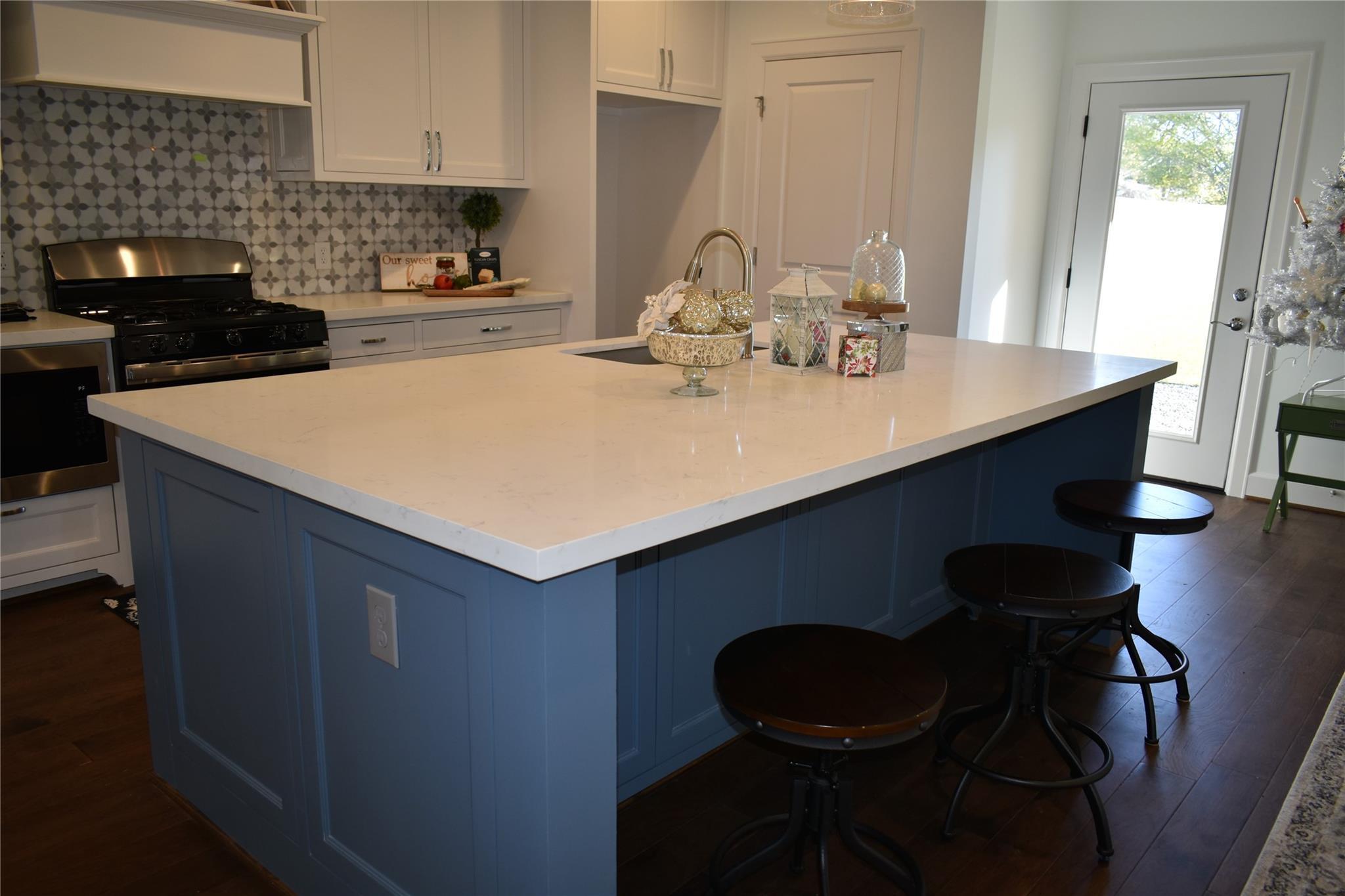 4622 Brinkley Street Property Photo - Houston, TX real estate listing