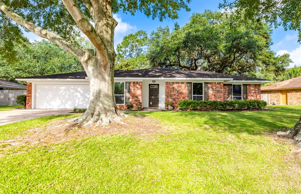 6065 Chisholm Trail Property Photo - Beaumont, TX real estate listing