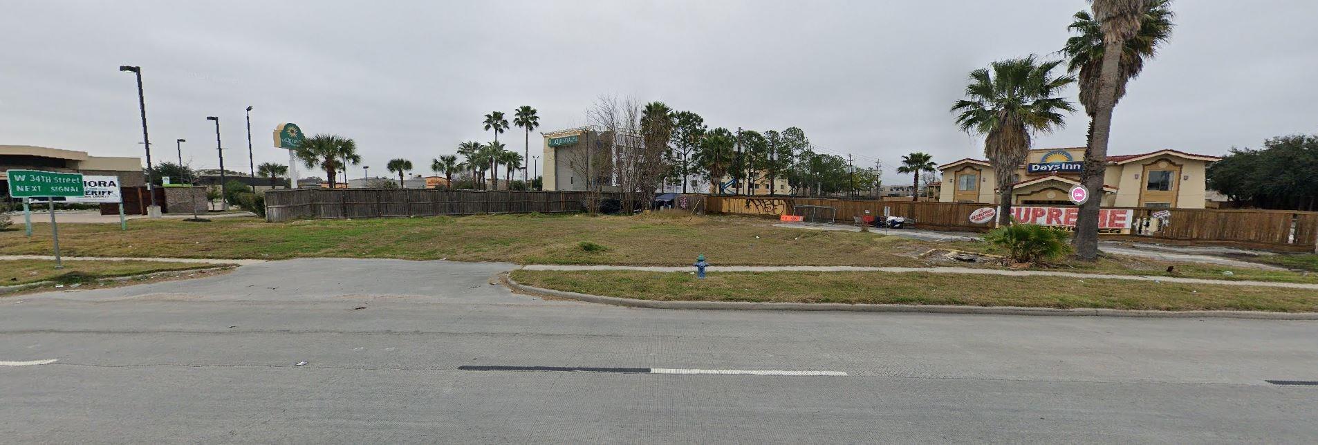 11020 Northwest Freeway Property Photo
