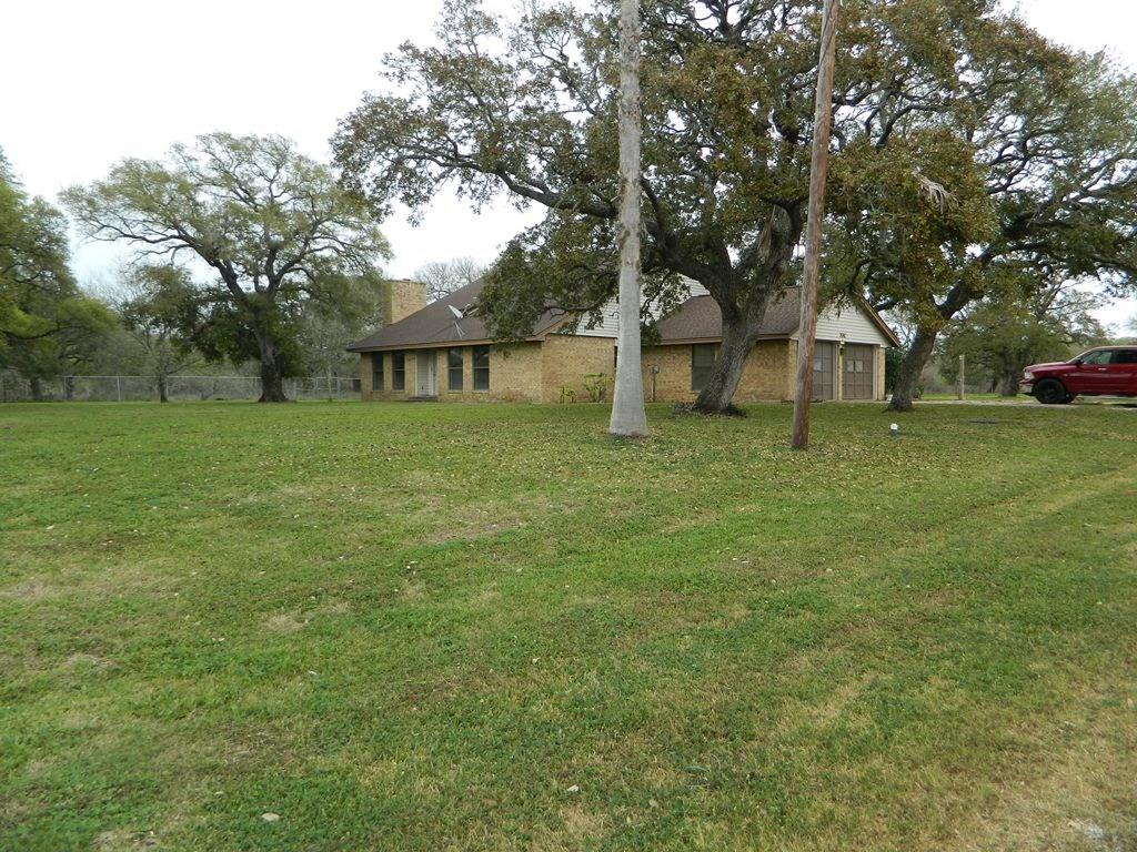 1399 County Road 206 Property Photo - Sargent, TX real estate listing