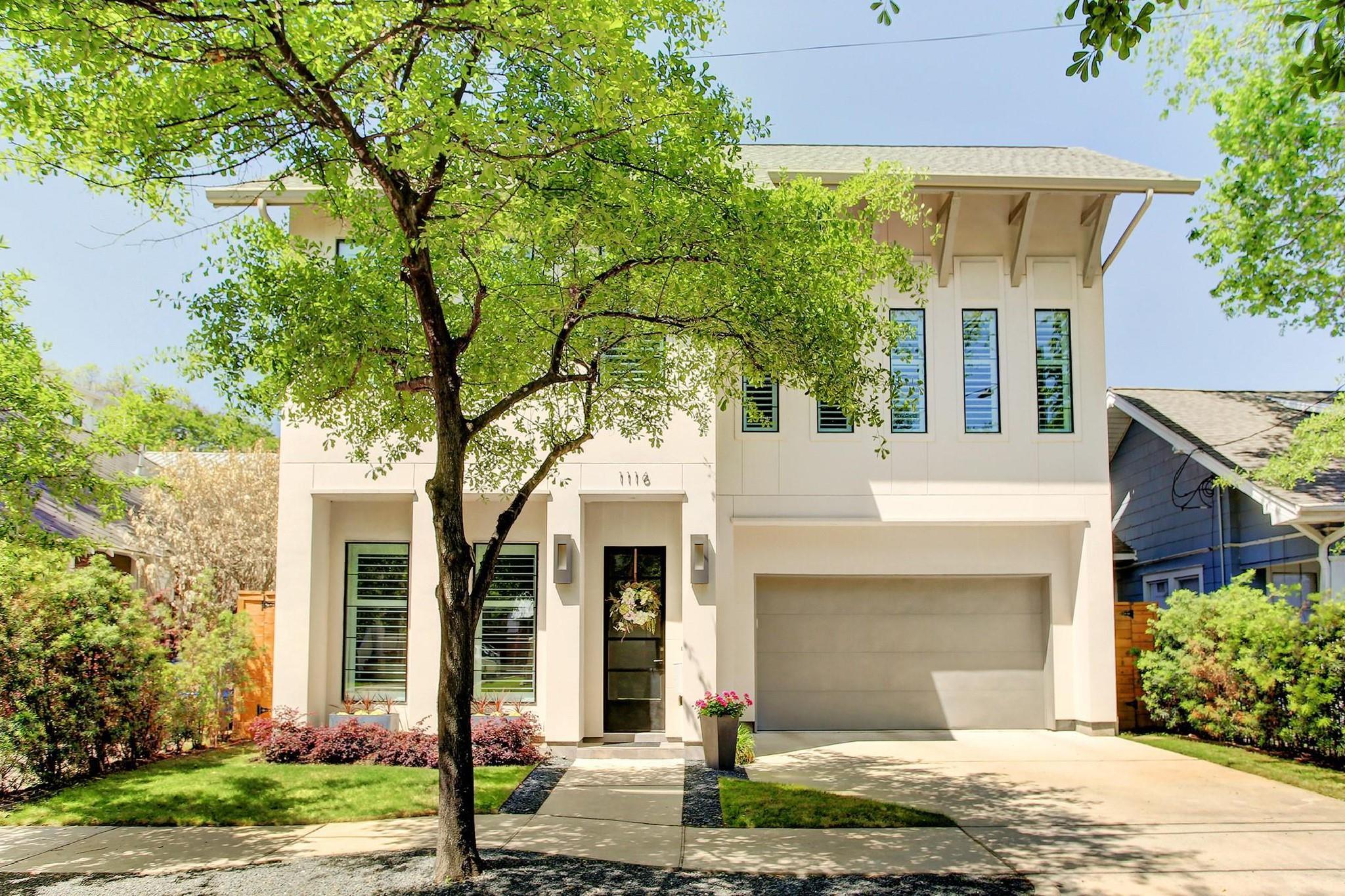 1116 W Drew Street Property Photo