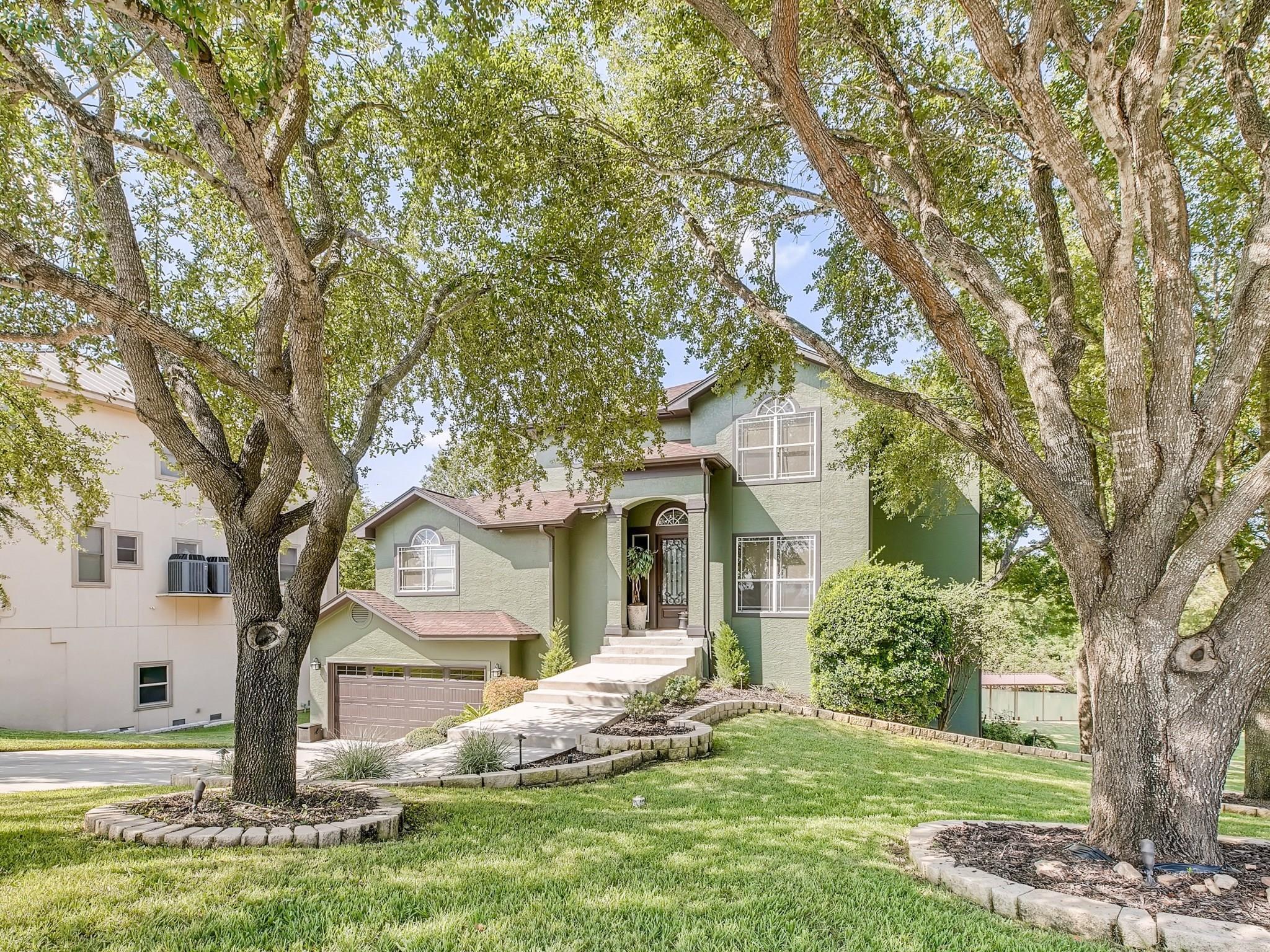 116 Bandit Beach Road Road Property Photo - New Braunfels, TX real estate listing