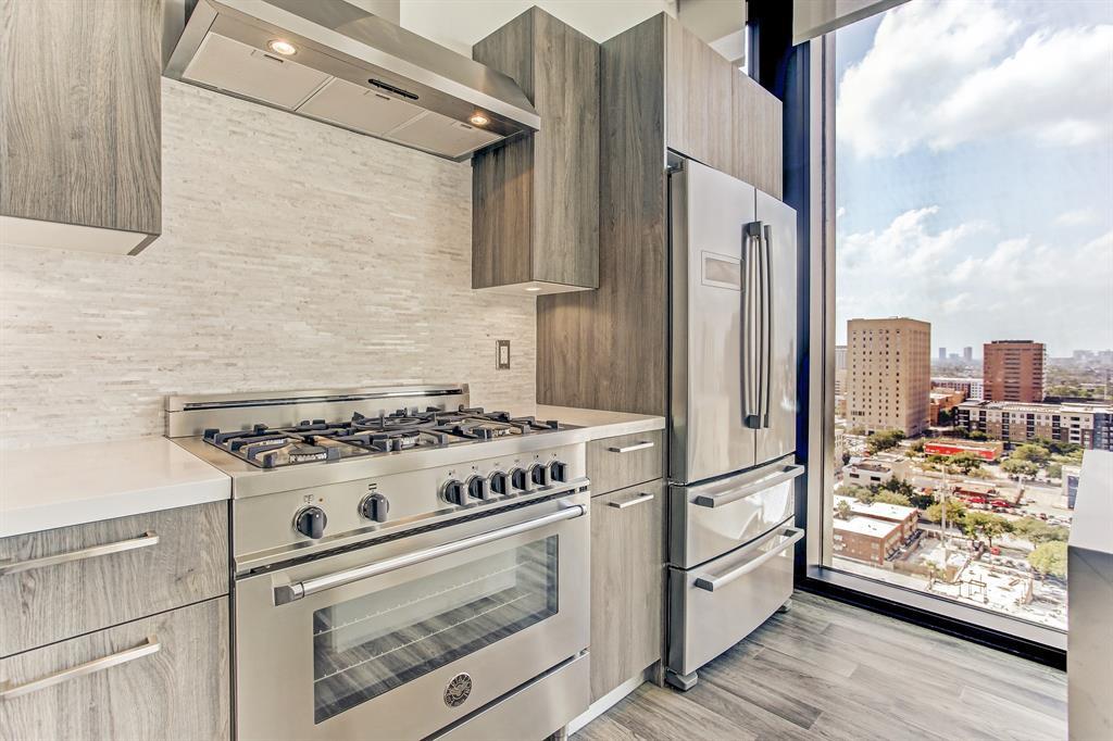 1211 Caroline Street #1605, Houston, TX 77002 - Houston, TX real estate listing