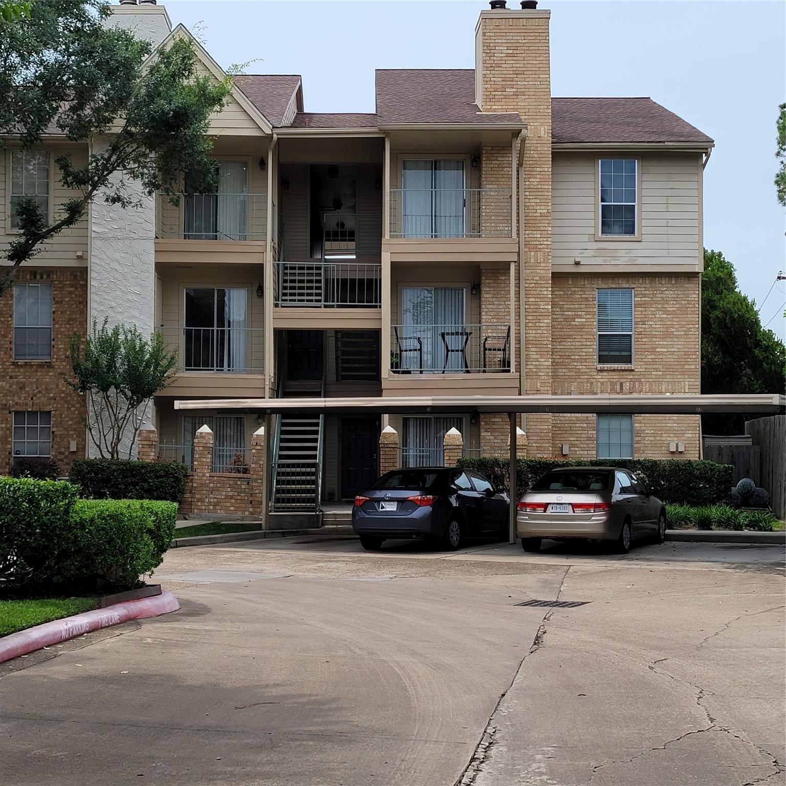 12550 Whittington Drive #705 Property Photo