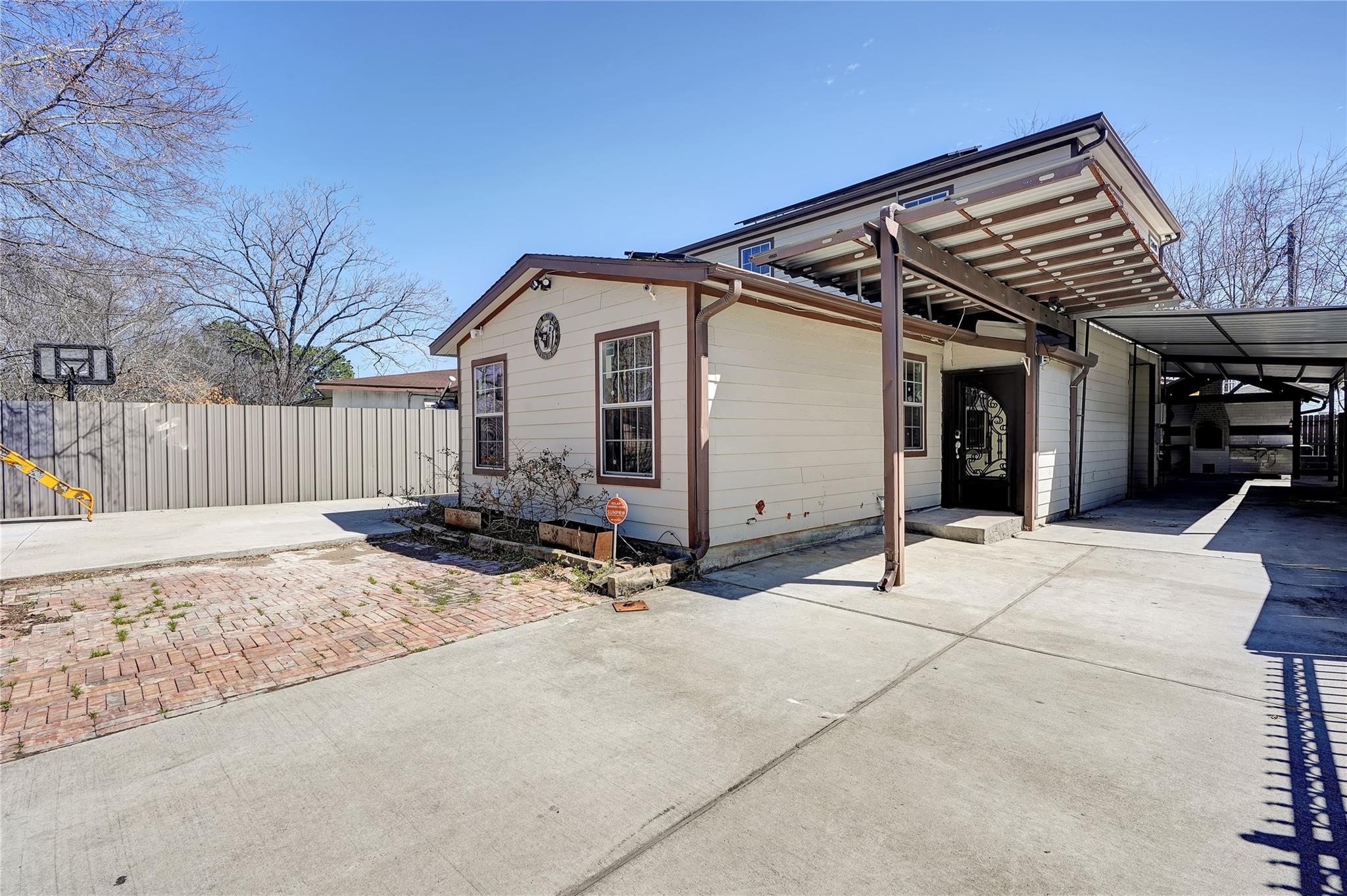 6606 Keller Street Property Photo