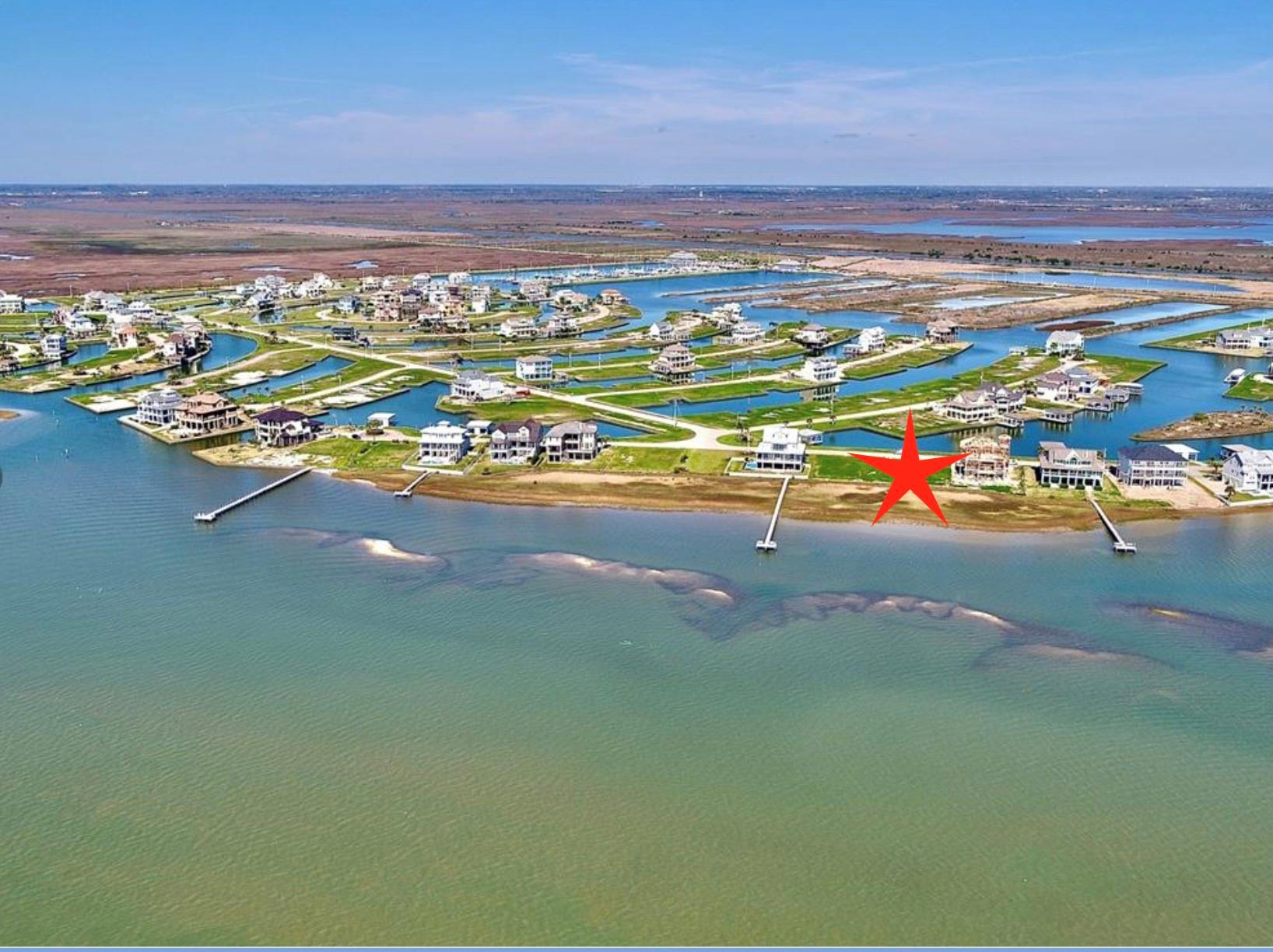 21 Water Key Property Photo - Hitchcock, TX real estate listing