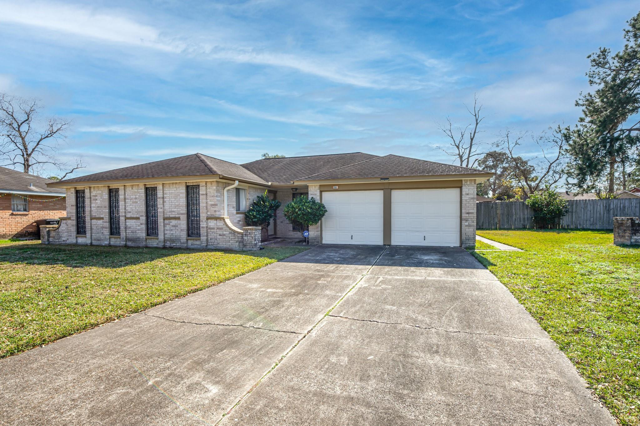 15003 Elkins Road Property Photo - Houston, TX real estate listing