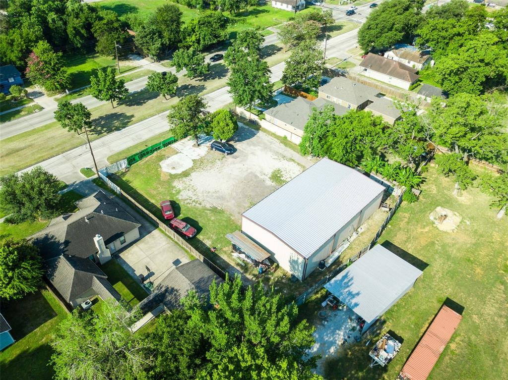 844 N Victory Drive Property Photo - Houston, TX real estate listing