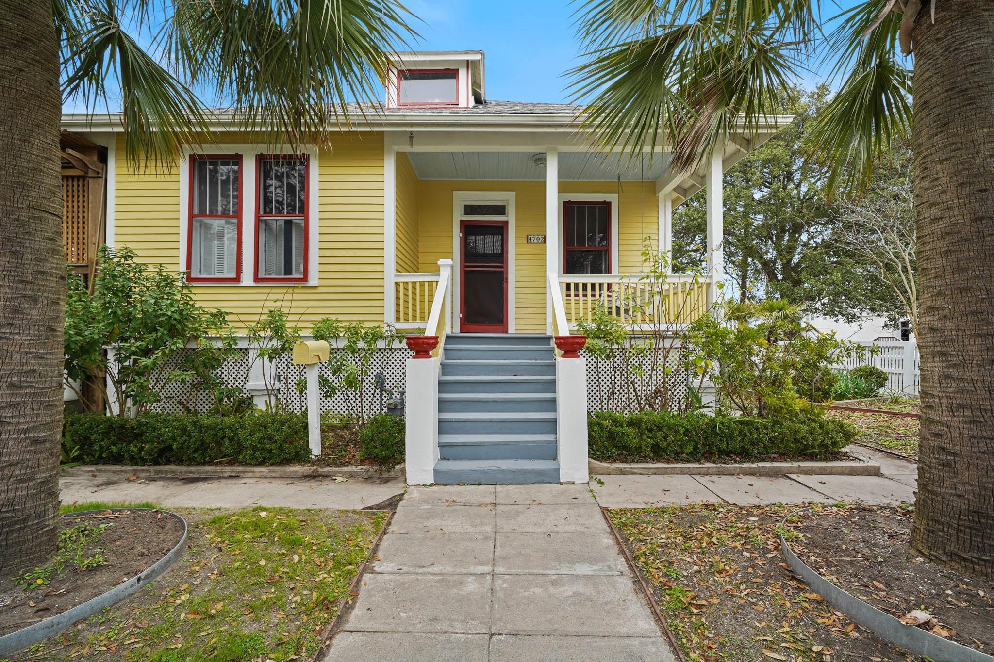 4702 Avenue Q Property Photo