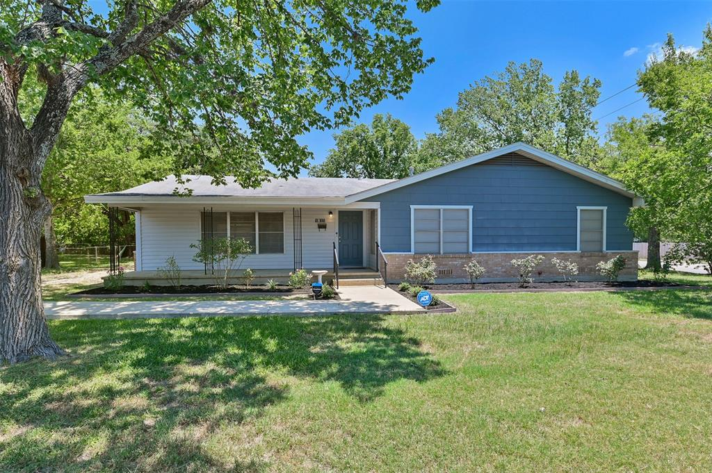 1011 S Dexter Drive Property Photo - College Station, TX real estate listing