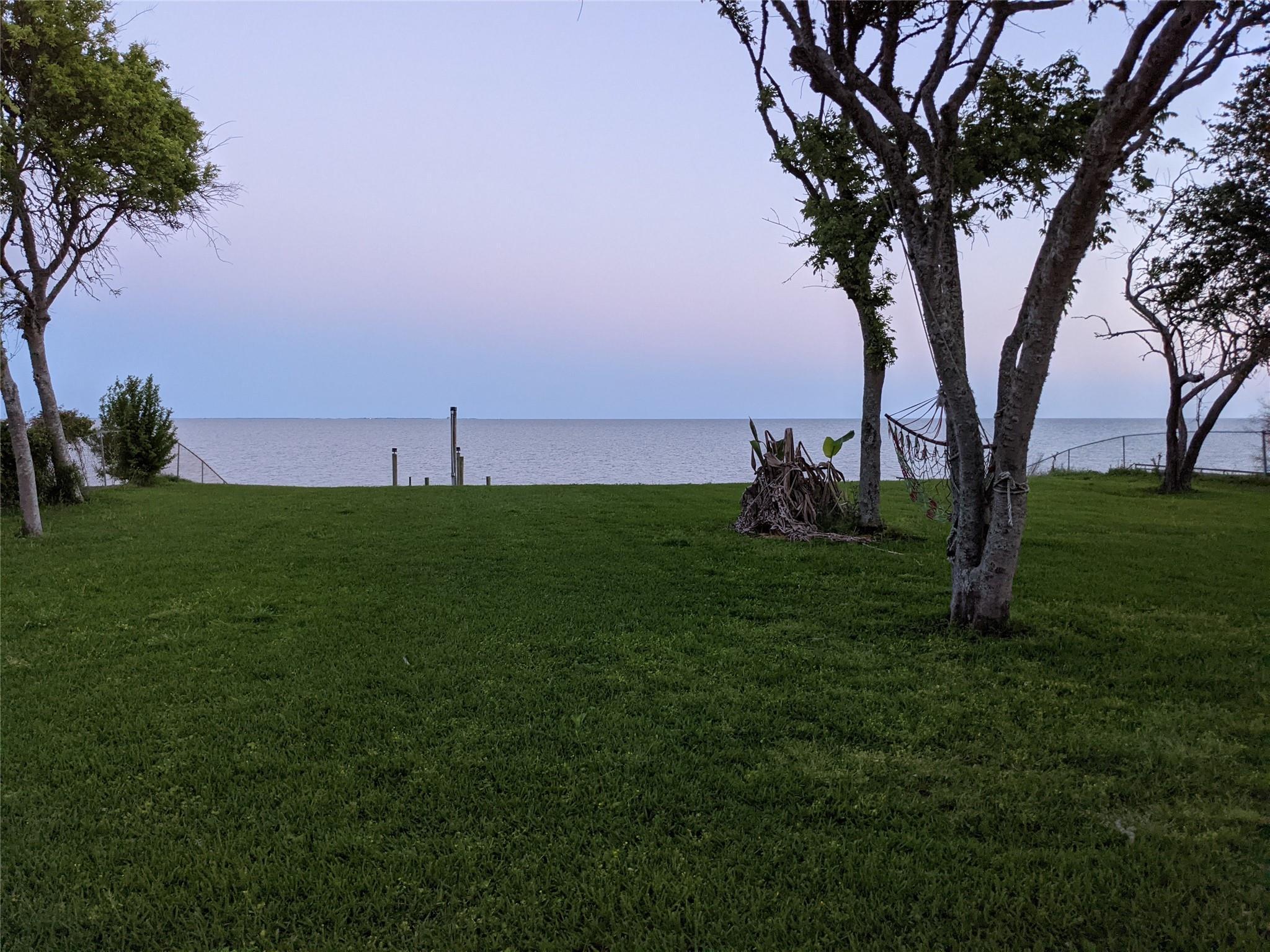 8640 Ocean Drive Property Photo 1
