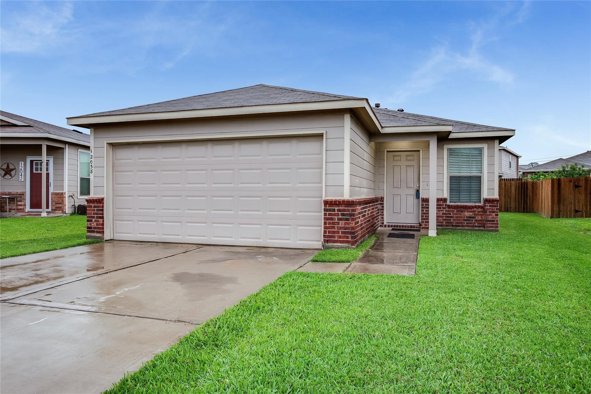12038 Helvick Crescent Avenue Property Photo - Houston, TX real estate listing