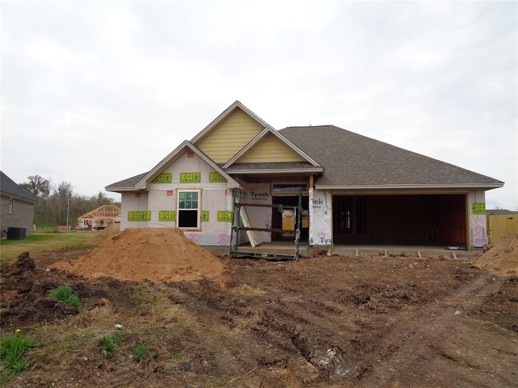 402 Jackson Street, Clute, TX 77531 - Clute, TX real estate listing