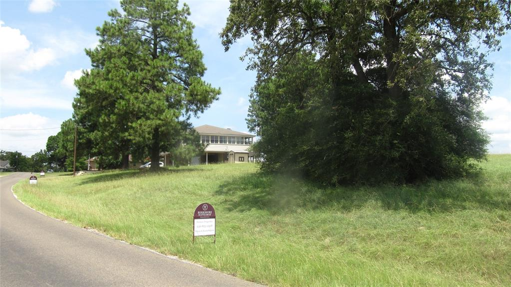 12 Fairway Drive Drive N Property Photo - Hilltop Lakes, TX real estate listing