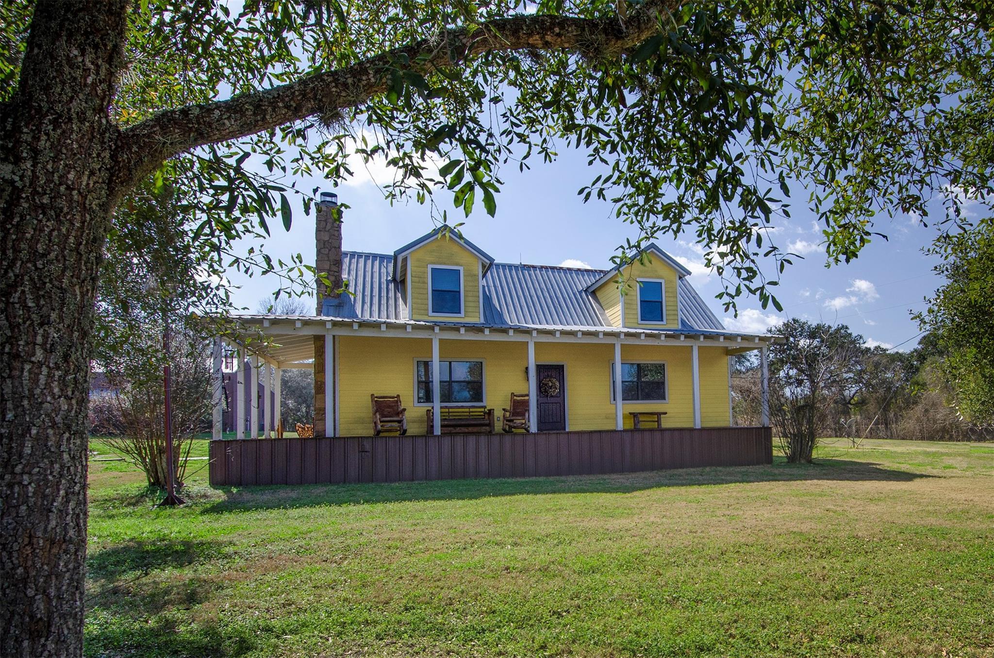 4280 Fm 390 E Property Photo 1