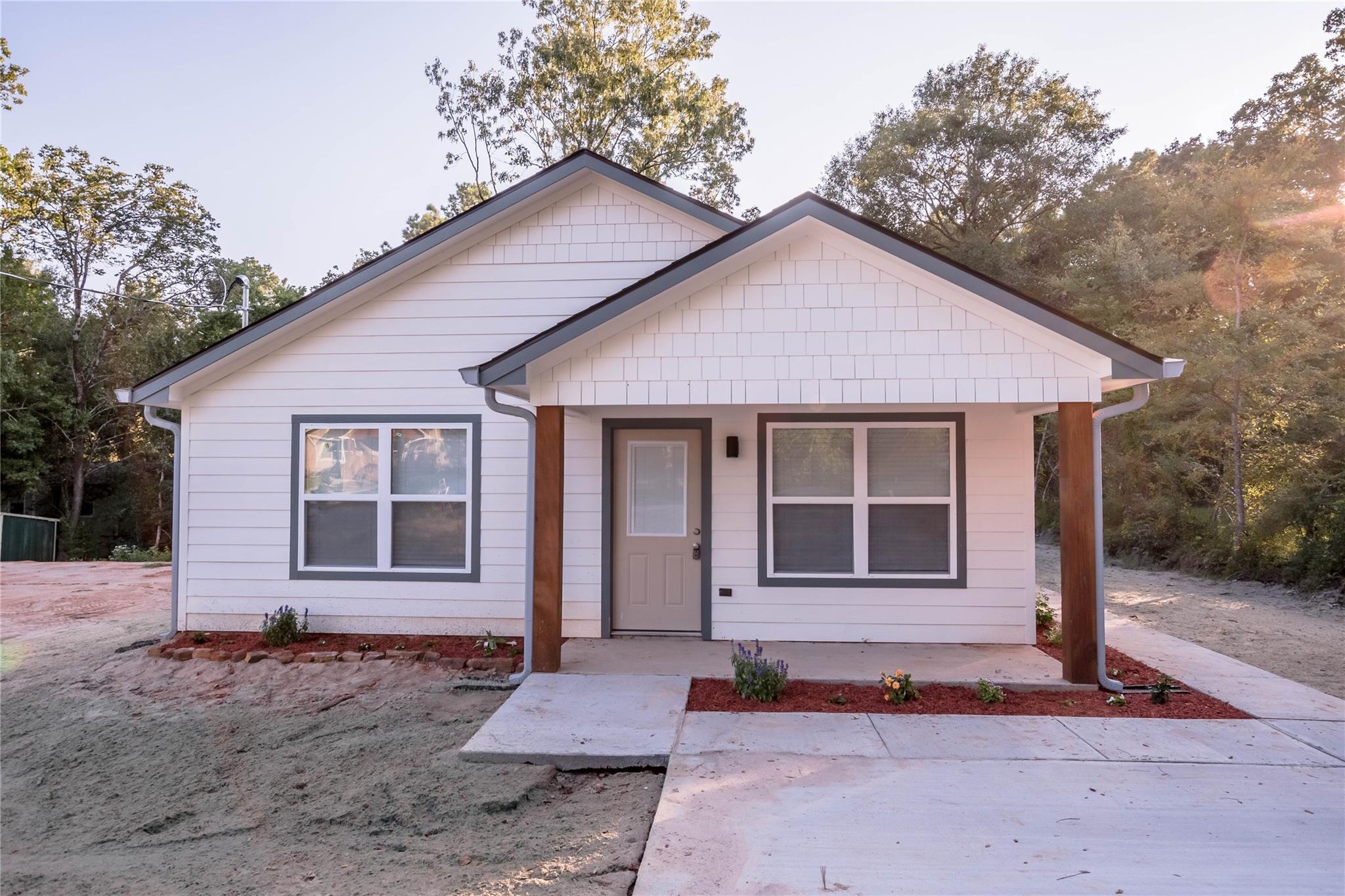 14 Walnut Lane Property Photo - Riverside, TX real estate listing