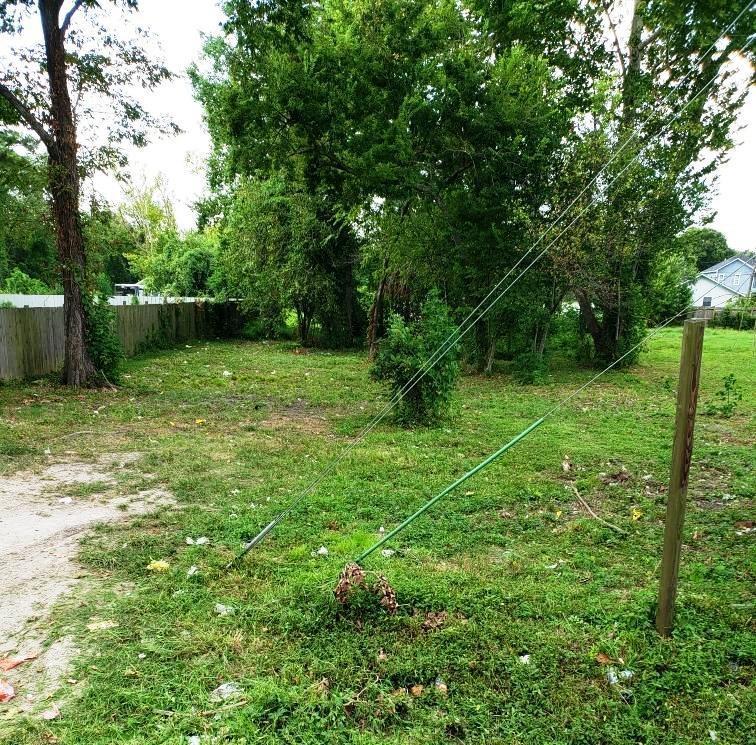 3320 Creston Drive Property Photo