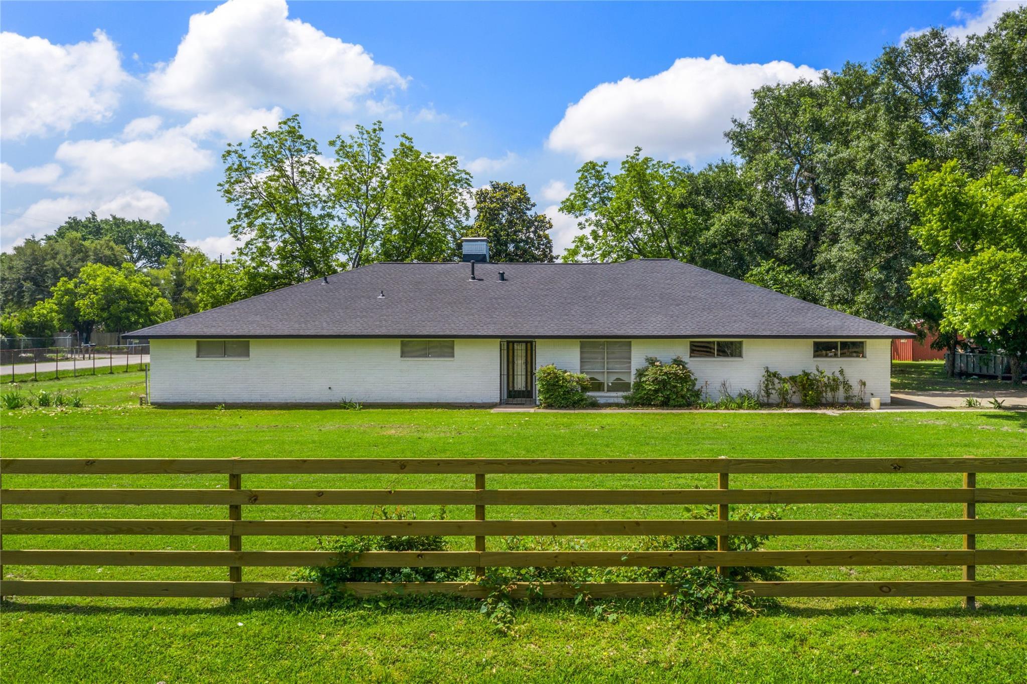 870 Corvette Lane Property Photo