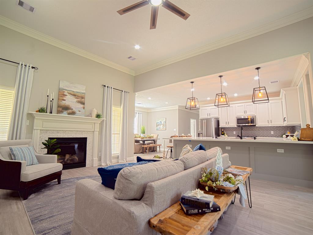 311 Ridgecrest Street Property Photo - Magnolia, TX real estate listing
