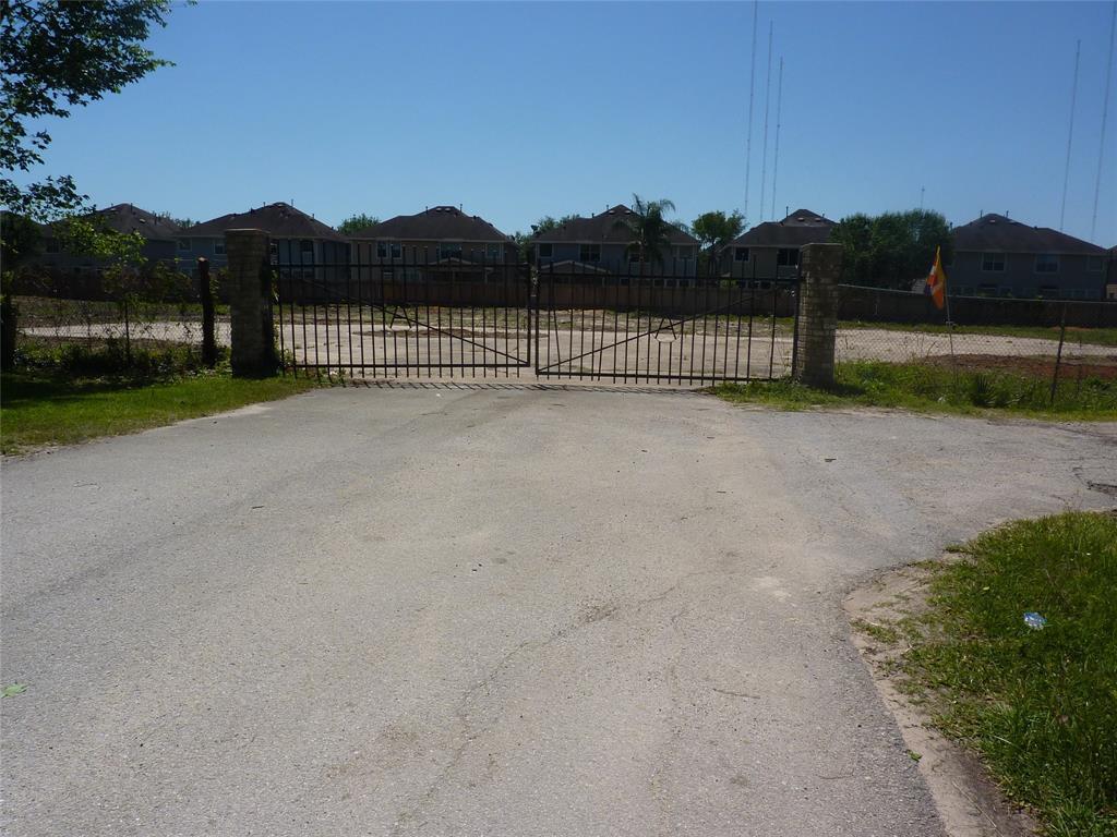 15000 Draper Road Property Photo - Houston, TX real estate listing