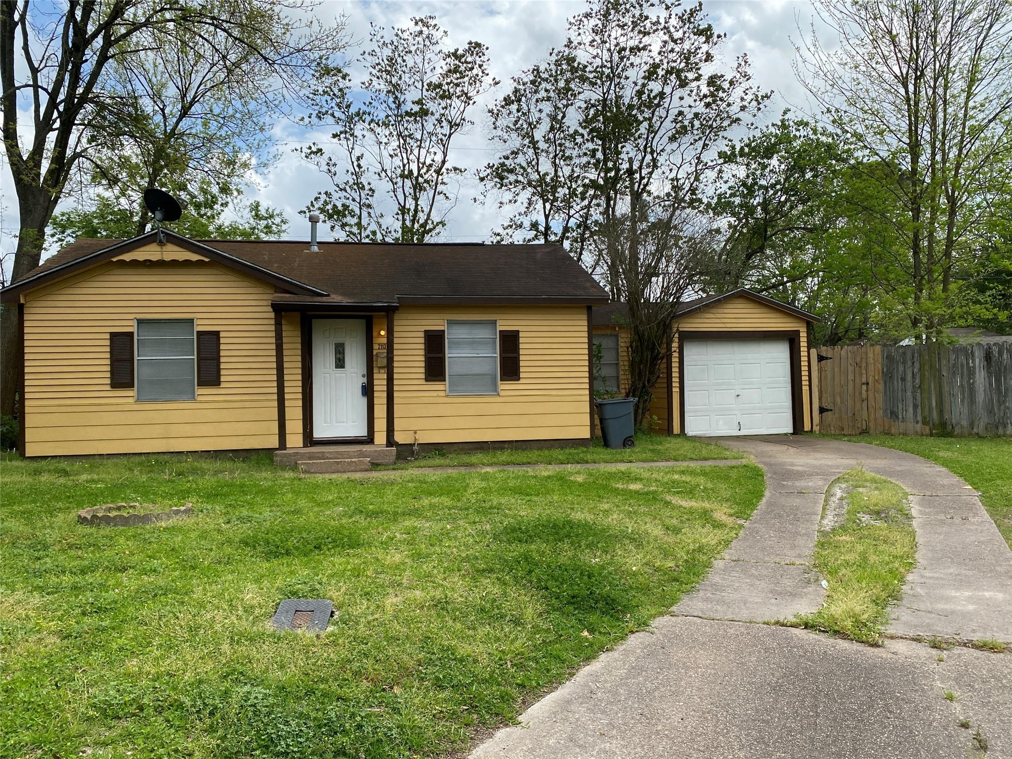 2113 2113 5TH ST Street Property Photo - Galena Park, TX real estate listing