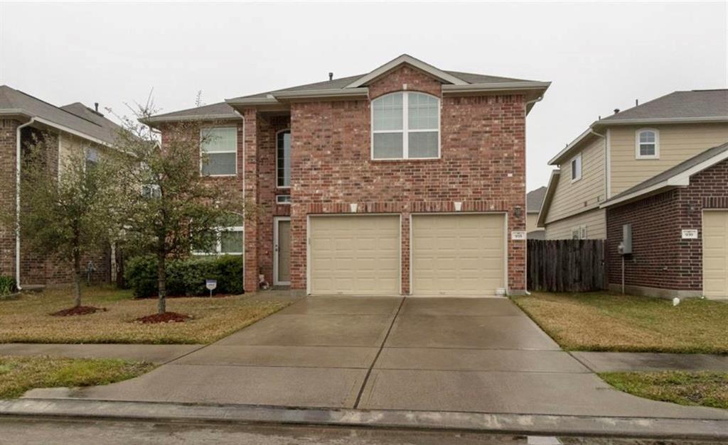 935 Crestmont Trail Drive Property Photo - Missouri City, TX real estate listing