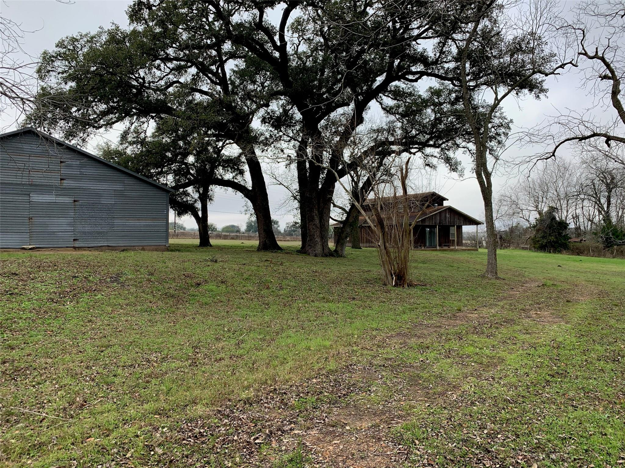 CR257A County Road 257a Property Photo - Moulton, TX real estate listing