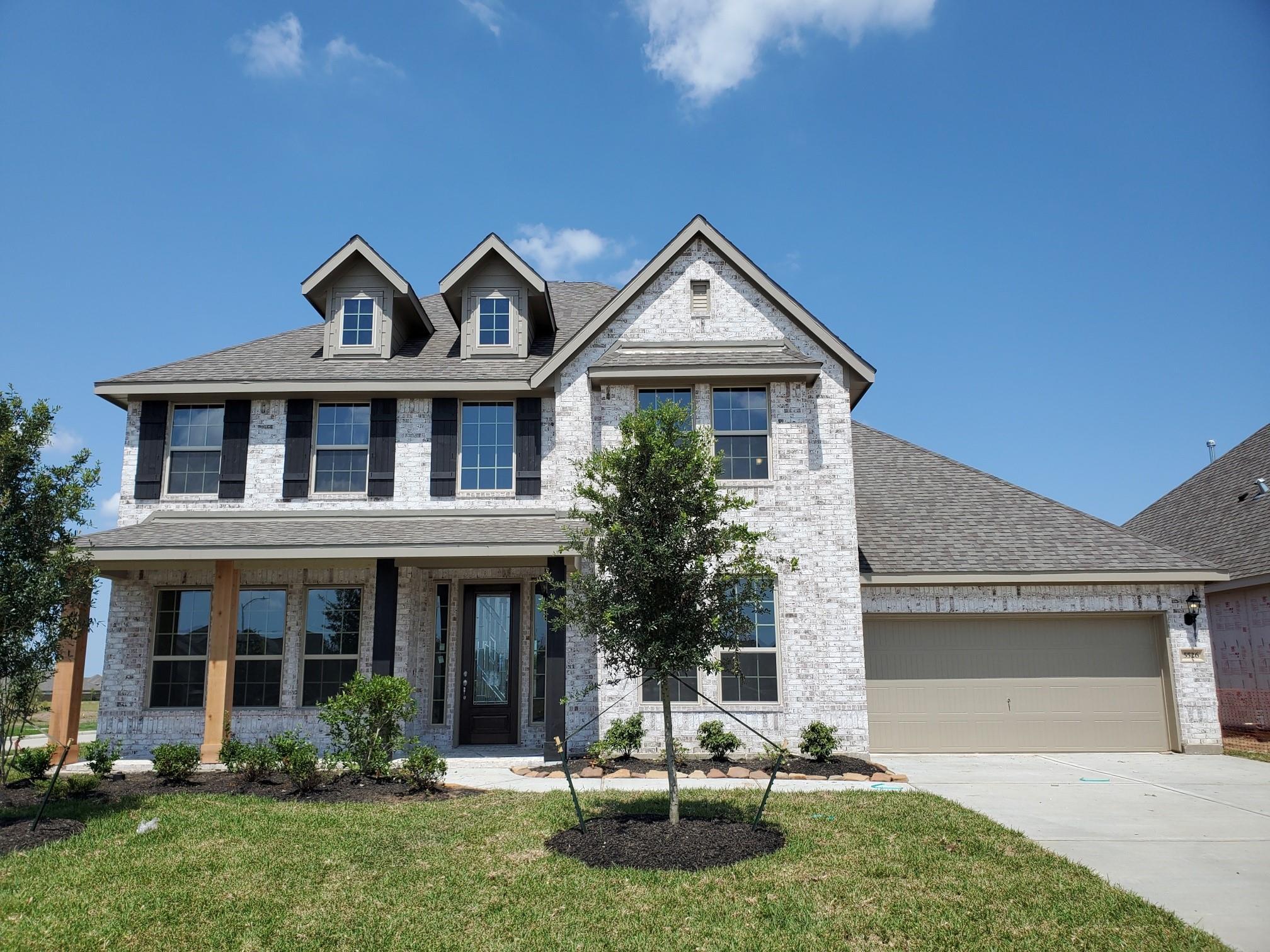 5526 Highland Drive Property Photo