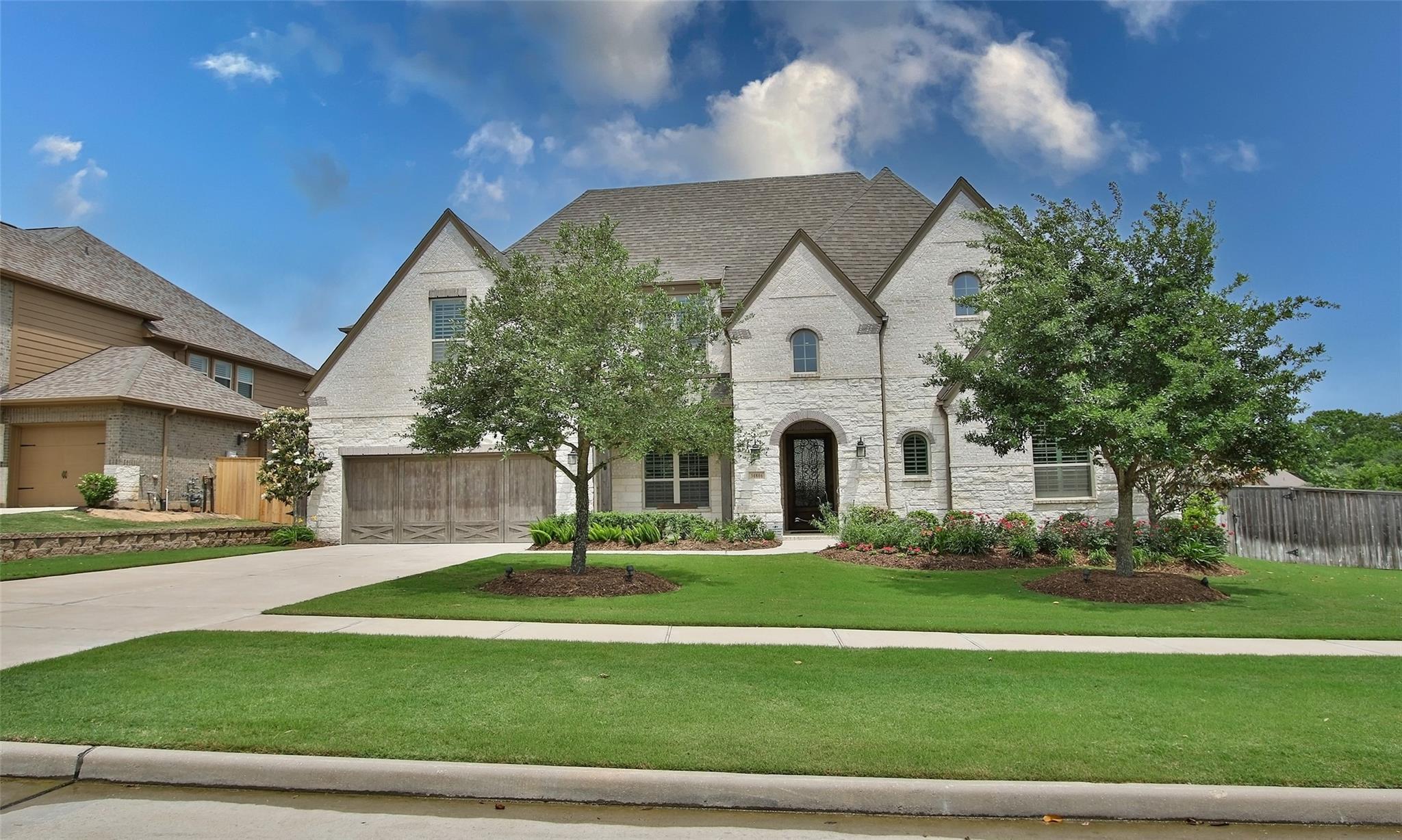30806 Shady Oak Drive Property Photo 1
